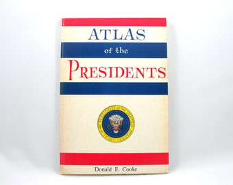 Vintage 1970s Atlas of the Presidents book, presidential election chart, US constitution, state votes, history, electoral college, politics