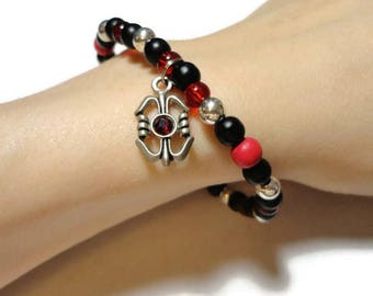 red & black charm stretch bracelet fits 7 inch wrist