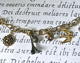 French Symbols charm bracelet,Paris French treasures charm bracelet, romantic French charm bracelet,Eiffel Tower charm bracelet,Paris charms