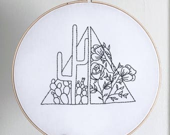 Triangular greenhouse - Embroidery Hoop - 10 inch