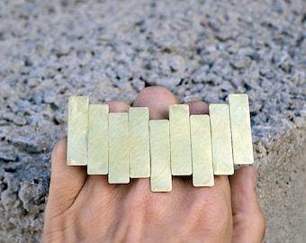 NEVER GONNA HAPPEN - Triple Ring - Knuckleduster