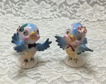 Vintage Lefton Bluebird Salt and Pepper Shakers,Rhinestone eyes,Collectibles