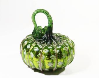 Green mirrored pumpkin