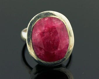 Red Ruby Ring // 925 Sterling Silver // Ring Size 6.5 // Handmade Jewelry