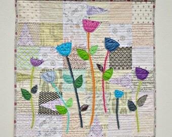 Wall Hanging - Art Quilt - Fabric Decoration - Fiber Art - Wall Quilt - Modern Flower Quilt - Wall Decor