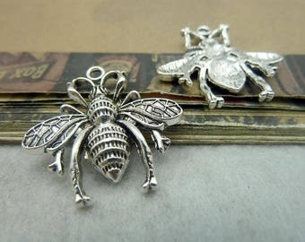 The vintage style  antique  silver  plating bee    pendant finding