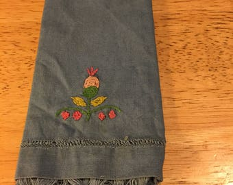Blue Linen Fingertip Towel