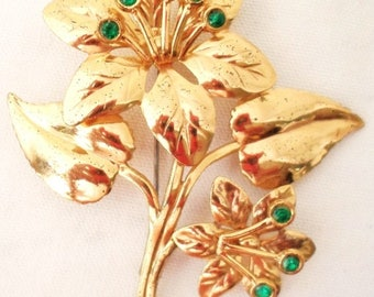 ON SALE Vintage Brooch Gold Flowers With Emerald Green Gemstones Bridal Brooch Bouquet Special Occasion Collectible Jewelry