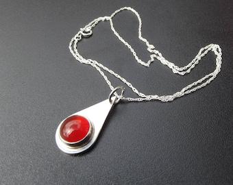 sterling silver 10mm teardrop setting carnelian necklace