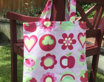 Pink patterned shopping bag