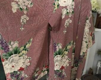 40s Rose Floral Rayon Kimono