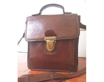 french vtg MESSENGER BAG  real leather / crossbody / henriI SAXEL