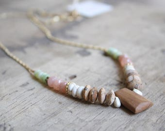 Statement gemstone necklace, Boho beaded necklace,Boho gemstone necklace, multi stone necklace, Pink Moonstone beads necklace