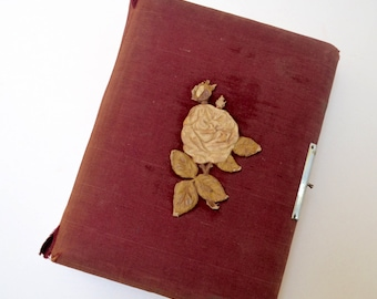 vintage victorian photo album: red velvet, pages for cabinet cards, CDV photos