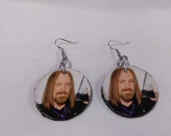 tom petty earrings small