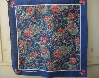 Vintage 1980s bandana made in the USA cotton poly blend floral paisley RN 14193  21 x 21.5 inches