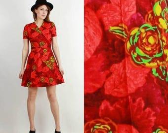 SALE 70s Dress / Vintage Floral Dress / Red Floral Dress / Mini Dress / Boho Dress / Retro Dress / Crimplene Dress Medium /  Scandinavian Dr