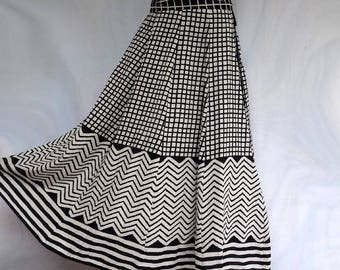 LONG SKIRT with black and white cotton checkered pattern pieces