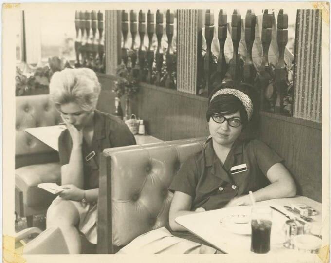 Waitresses on Break, 1970: Vintage 8x10 Photo (710613 O/S)