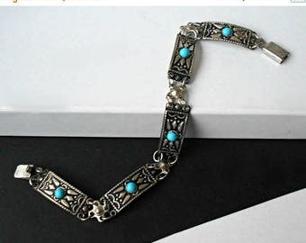 Vintage Link Bracelet Turquoise colored Cabochons Antiqued Silver Tone Made in Israel 1970