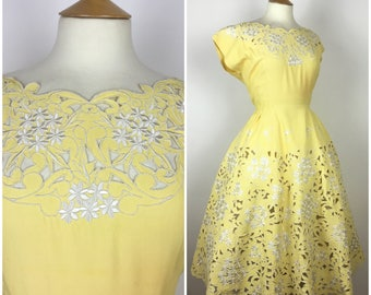 Vintage 1940s Dress - 40s Yellow Floral Cut Work Lace Embroidered Dress - 40s Summer Party Dress - Small Medium UK 10-12 / US 6-8 / EU 38-40