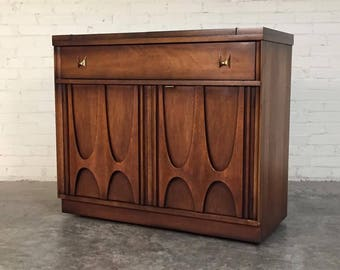 Broyhill Brasilia Mid-Century Modern Server / Buffet / Bar Cart With Extensions ~ SHIPPING NOT INCLUDED
