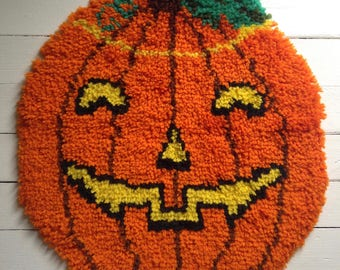 Vintage Halloween Jack O Lantern Anthropomorphic Handmade Pumpkin Rug Old Collectible Decor Display