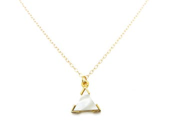 Mother of Pearl Necklace, Mother of Pearl Pendant Necklace, Triangle Necklace Gold, Layering Necklace, Minimalist Jewelry, Boho Jewelry