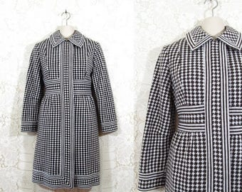 75% OFF CLEARANCE Vtg 70s Houndstooth White & Chocolate Brown Heavy Winter Coat by I. Magnin