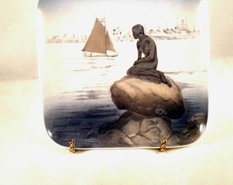 Royal Copenhagen Porcelain Candy Dish, Water Scene Motif. Mother's Day Gift,  Get Well Gift, Stocking Stuffer, Housewarming Gift