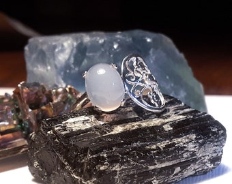 White moonstone filigree sterling silver ring, size 7.5