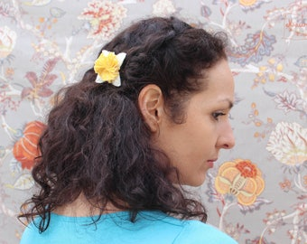 Flower Barrette yellow/white, flower brooch