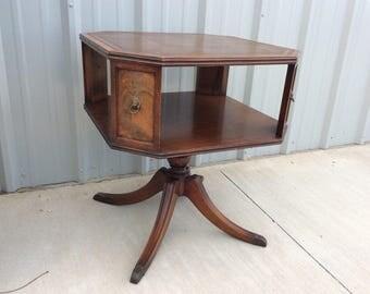 Vintage Antique Henredon Heritage Round Mahogany Side End Table Duncan Phyfe