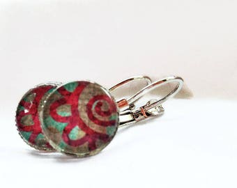 Colorful pattern cabochon earrings