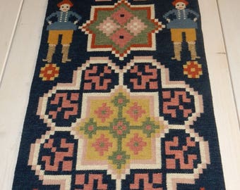 Swedish hand woven  wall hanging/ 1968 s  / old motif / Sweden / big / beautiful