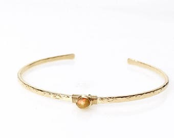 Golden Welo Opal Cuff Bracelet / October Birthstone Gift / Ethiopian Welo Opal Bracelet Gift for Mom, Wife, Daughter, Girlfriend