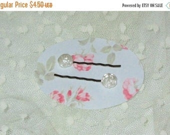 Summer Sale Set of 2 Bobby Pins, White Resin Frosted Roses