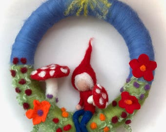 Toadstool Wreath. Gnome . Mushroom.  Needle Felted. Waldorf.Wool,Vilten,