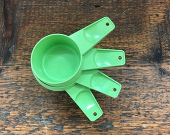 Vintage Tupperware Measuring Cups - Set of 4 - Apple Green