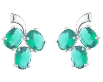 9 Ct Emerald Oval Shape Design Stud Earrings