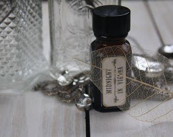 Midnight in Vienna, Natural botanical perfume, Artisan perfume, Organic, Cruelty free, high end botanical perfume oil