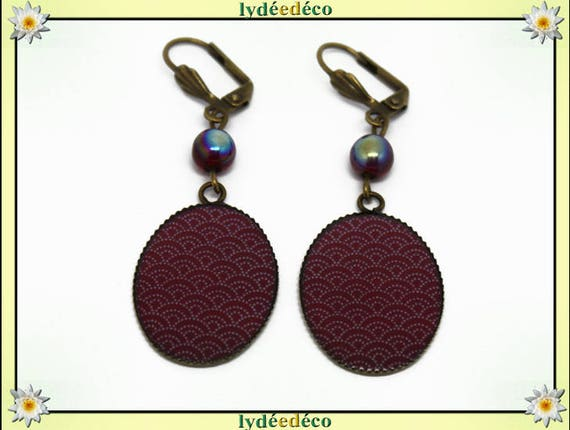 Retro earrings cabochon resin: seigaiha wave Japanese Red Burgundy white resin bronze beads 18 x 25mm