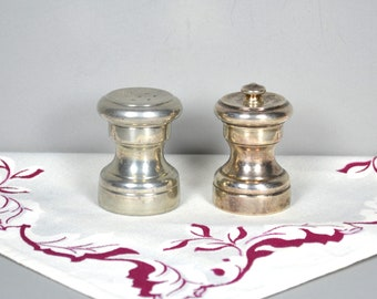 """Tre Spade Personal Sterling Pepper Mill & Pewter Salt Shaker, Vintage Italian Small Wood-lined Salt and Pepper Grinder, """"W"""" Italy Garantito"""