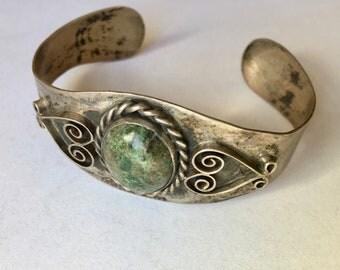 green stone cuff bracelet in sterling