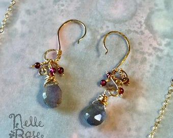 Sinqueritet Earrings - FREE shipping! - OOAK Unique garnet, 14k gold & labradorite drop earrings