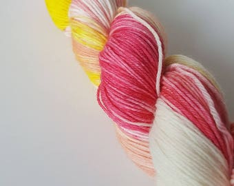 TO order - skein of Superwash Merino / Nylon - Fingering / Sock - Primrose pink color