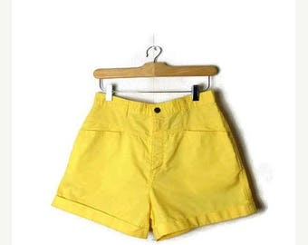 ON SALE Vintage Bonjour Yellow High waisted Cotton Shorts from 80's/W27*