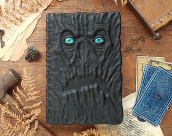 The Necronomicon with eyes, Blank necronomicon, leather blank book, strange horror grimoire, witchcraft Wicca goth sketchbook, dark journal