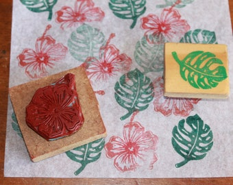 Set of 2 stamps monstera leaf and flower hisbiscus.