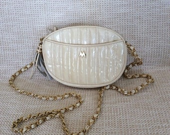 20% SUMMER SALE Genuine vintage MARY Ann Rosenfeld round chain link cream patent leather shoulder bag